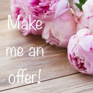 🌸Don't like the price? Send me an offer!